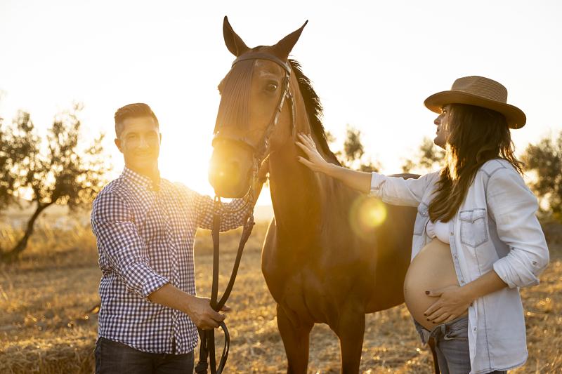 12 Sesión Embarazada Granada exteriores caballos_opt